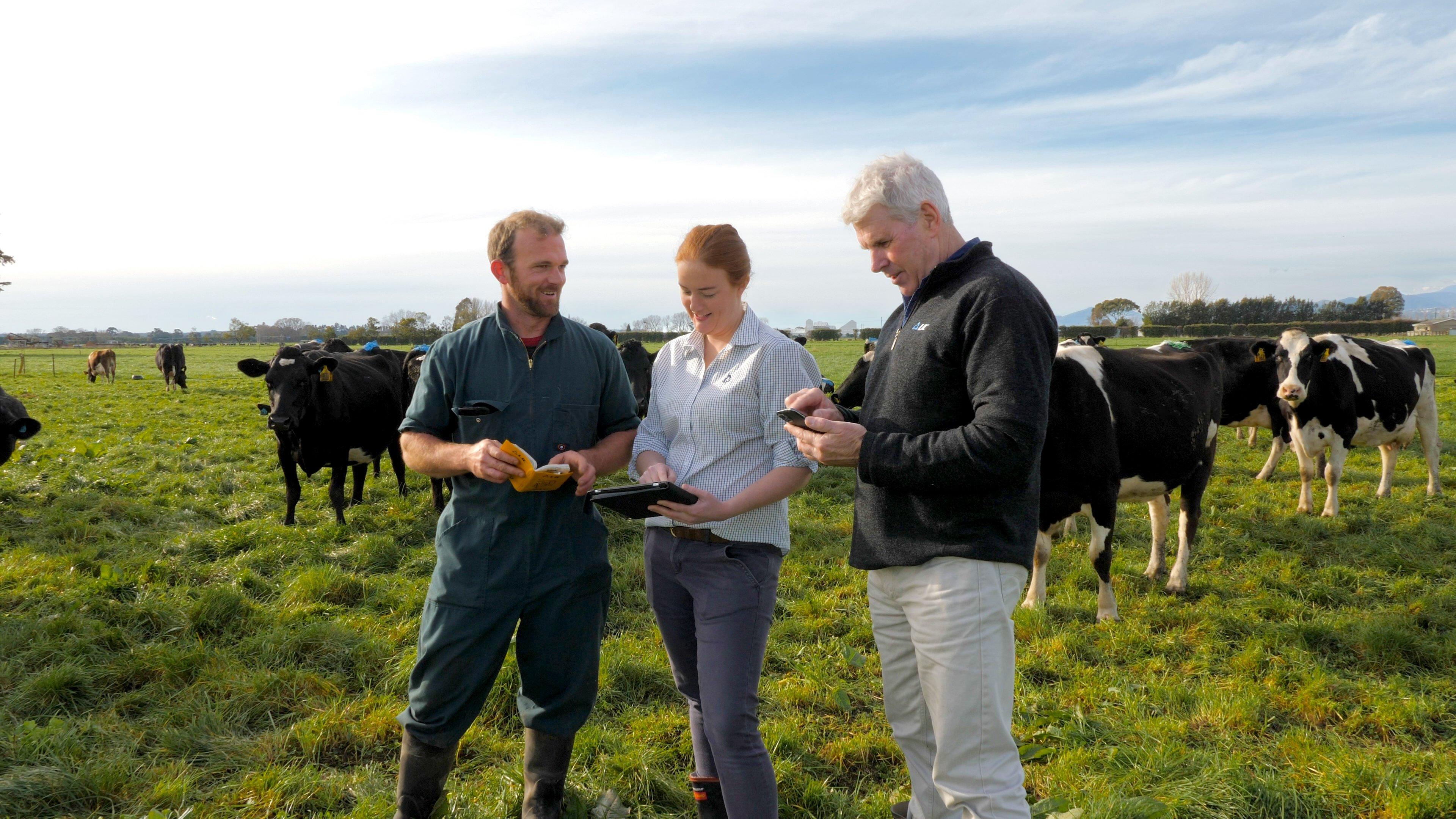 Murray King on farm_