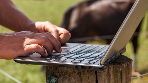 MINDA laptop