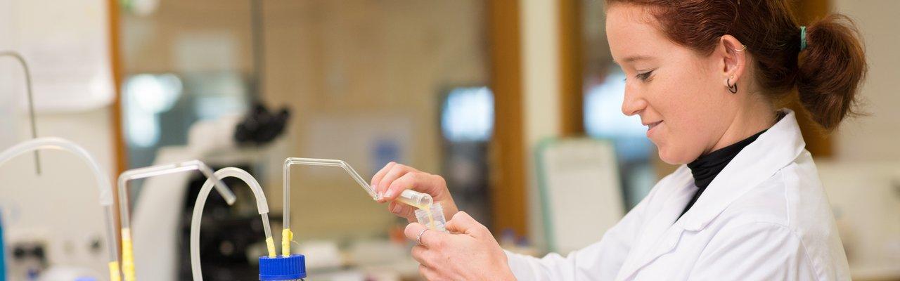 Lab shot - liquid semen